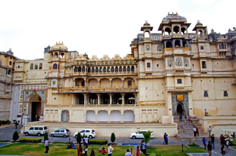 Best 3 Tourist Attractions in Udaipur, Rajasthan